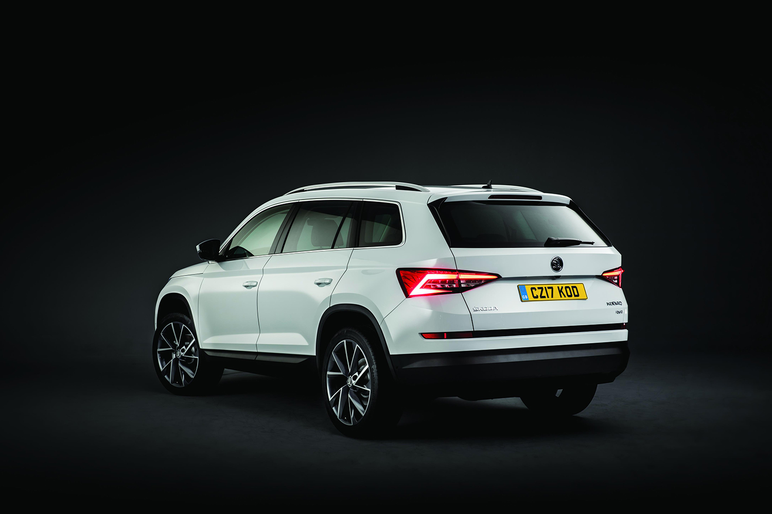skoda kodiaq se 2 0 tdi 4x4 dsg review. Black Bedroom Furniture Sets. Home Design Ideas