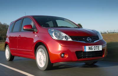 Nissan_Note-2009_1
