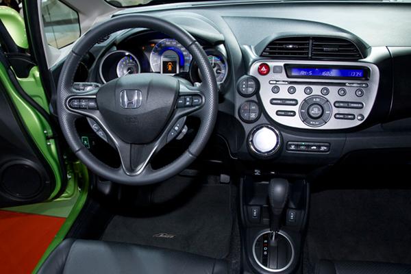Honda Jazz Hybrid Review 2011