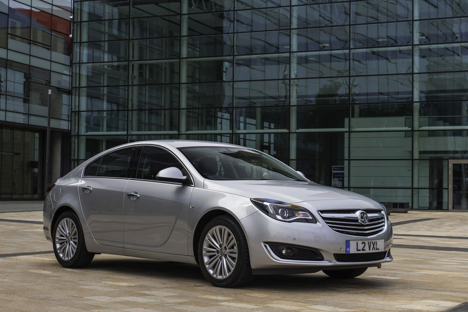 vauxhall insignia review 2013. Black Bedroom Furniture Sets. Home Design Ideas
