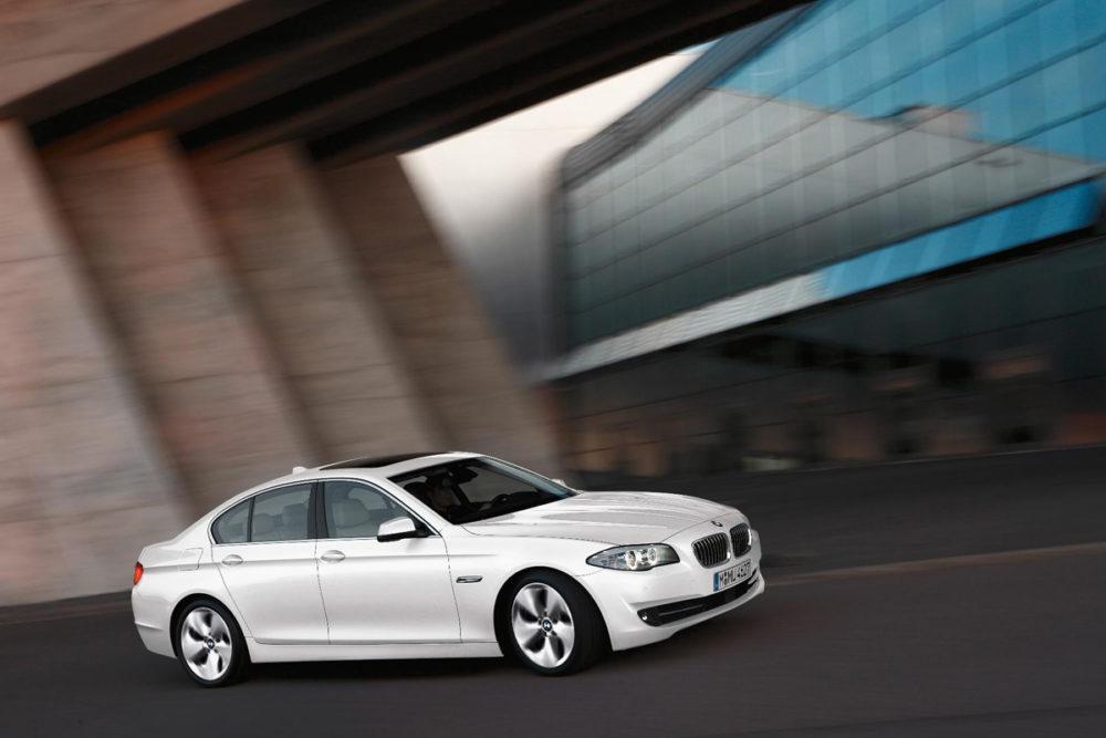 BMW-520D-1529559fc2ce39
