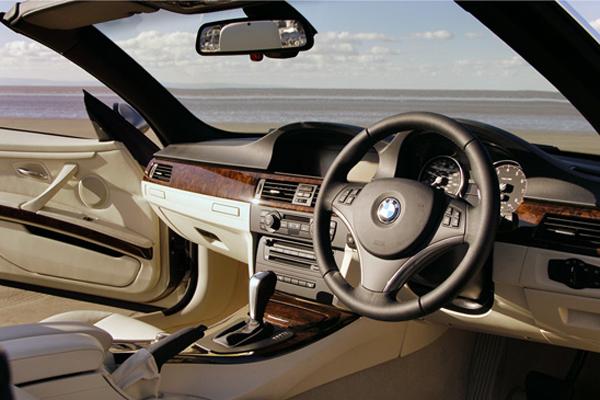 BMW 335i SE Convertible