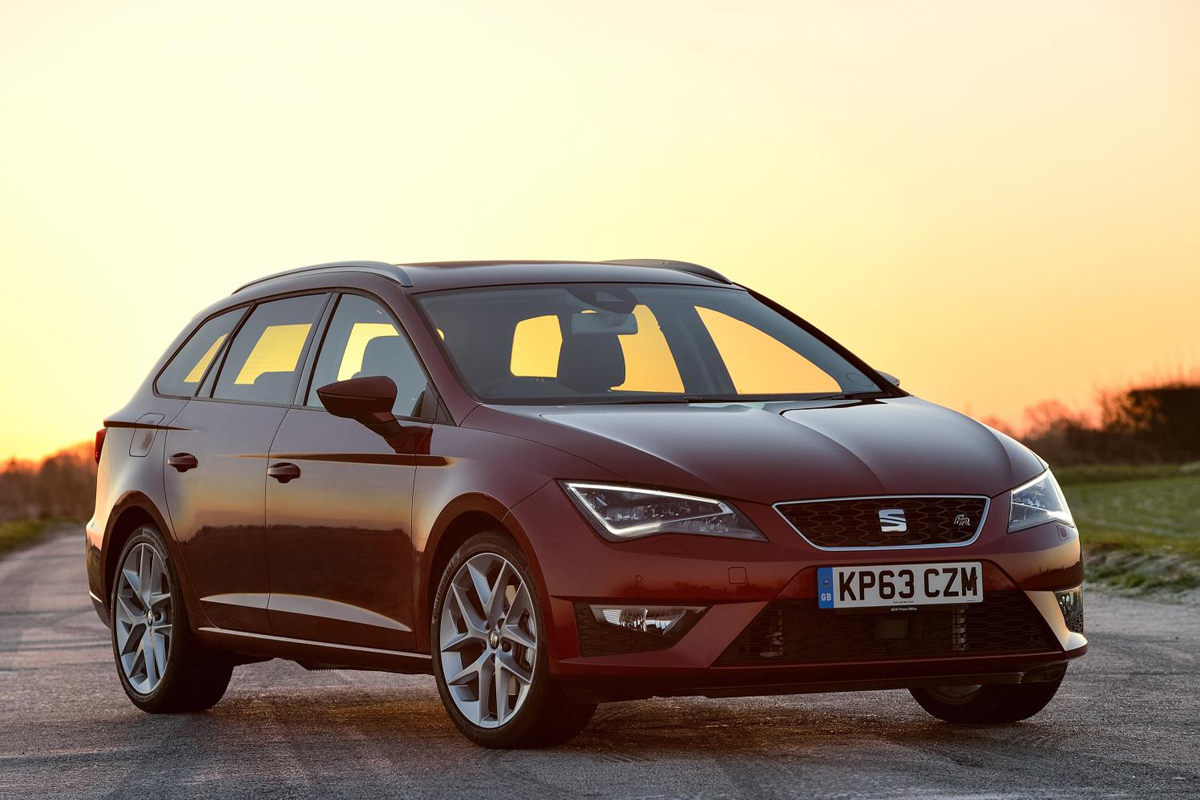 seat leon st review 2014. Black Bedroom Furniture Sets. Home Design Ideas