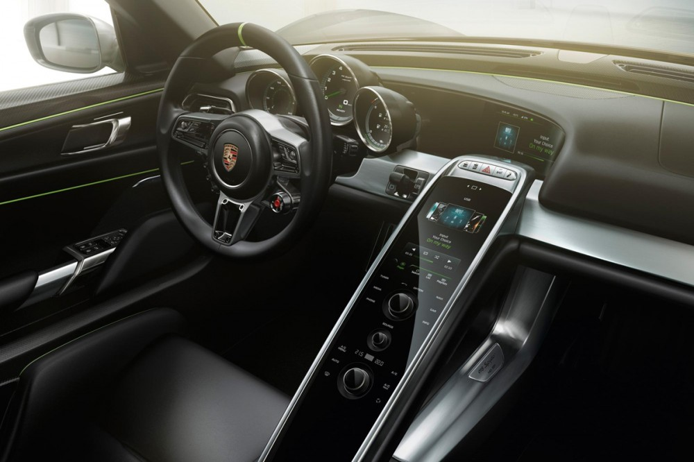 Porsche 918 Spyder review
