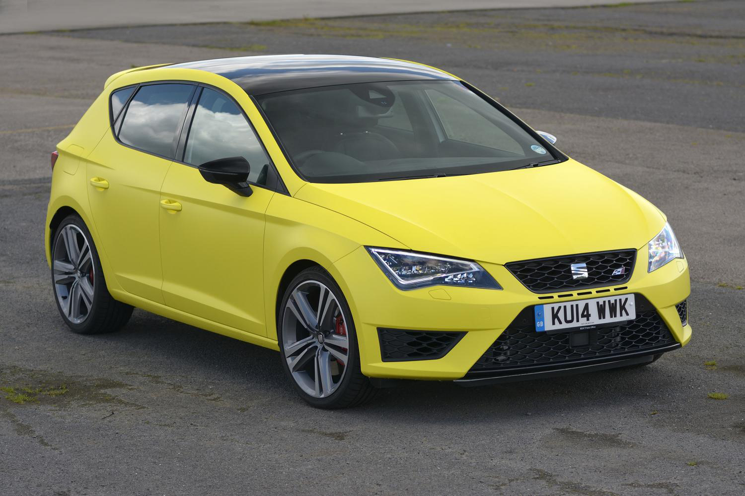seat leon cupra 280 ps dsg review. Black Bedroom Furniture Sets. Home Design Ideas