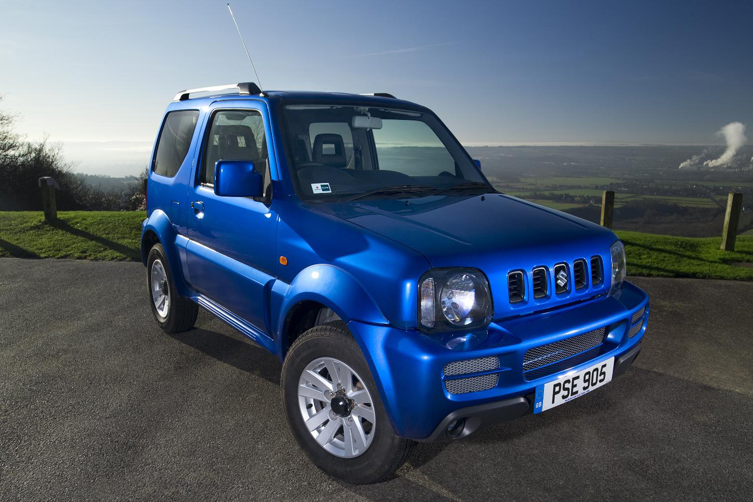 suzuki jimny review 2014. Black Bedroom Furniture Sets. Home Design Ideas