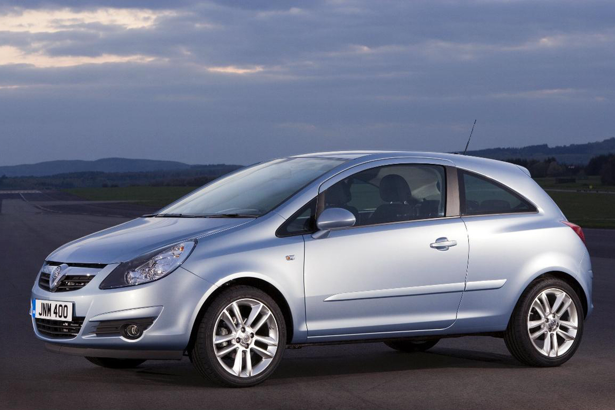vauxhall corsa review 2014. Black Bedroom Furniture Sets. Home Design Ideas