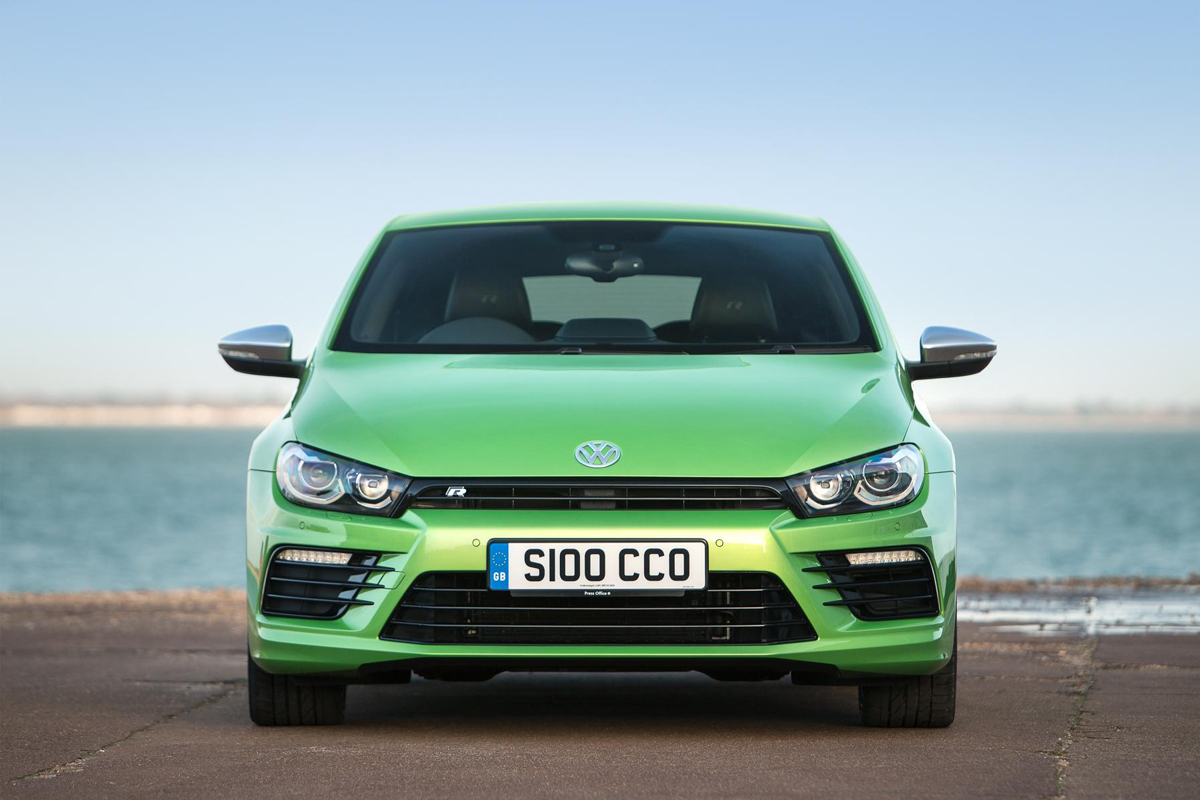 vw scirocco r 2 0 tsi review 2015. Black Bedroom Furniture Sets. Home Design Ideas