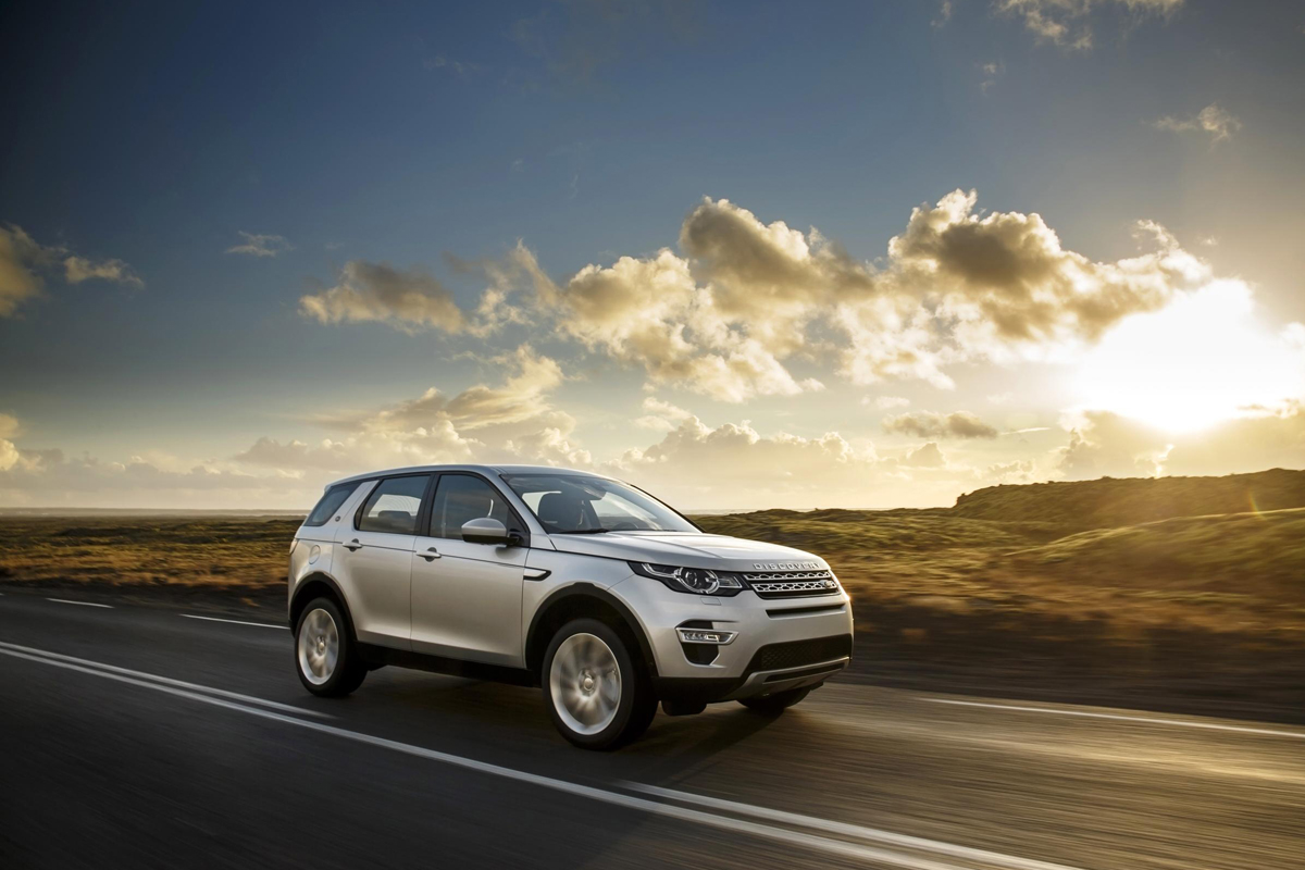 land rover discovery sport hse luxury review 2015. Black Bedroom Furniture Sets. Home Design Ideas