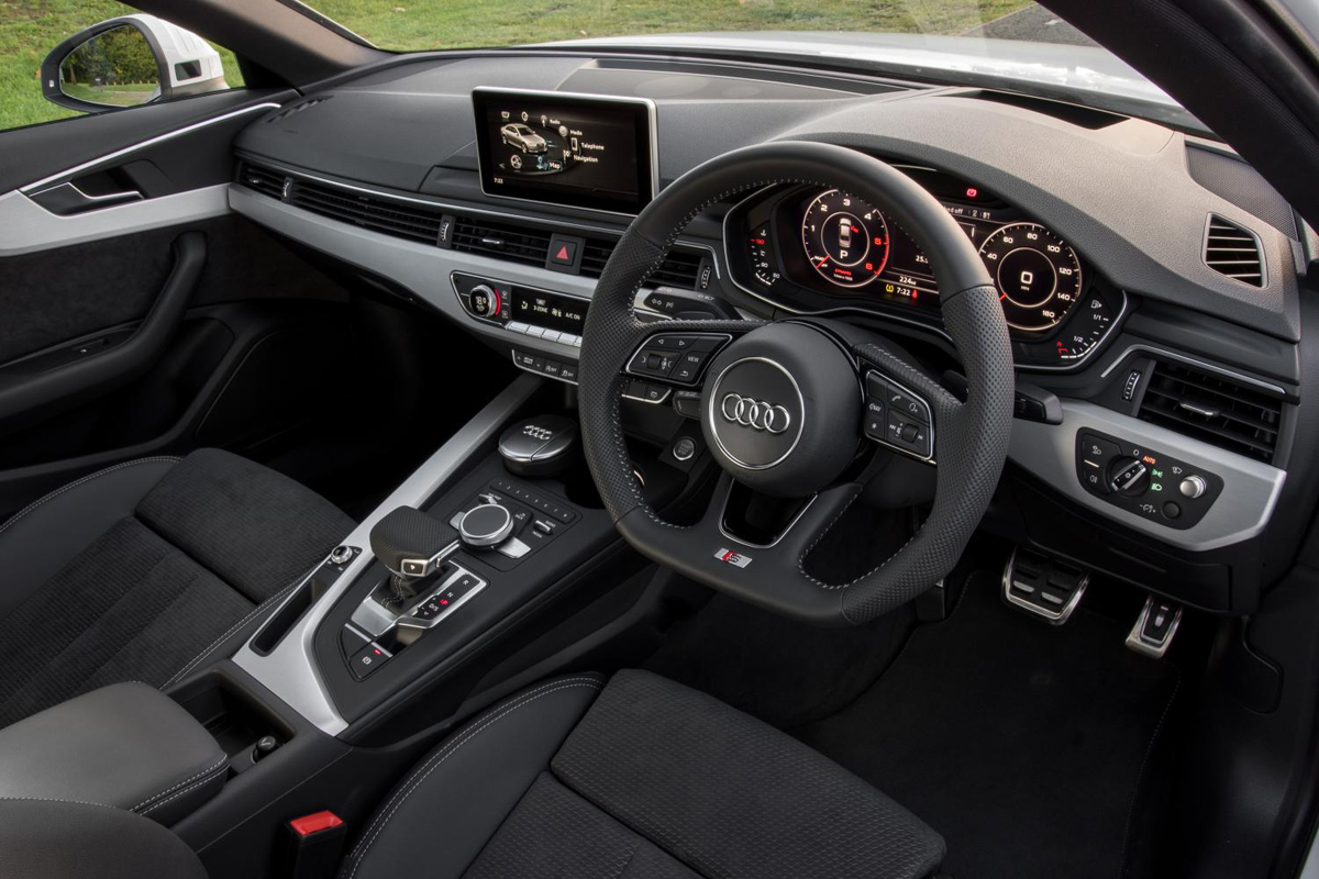 Audi rs7 2015 price in india 11