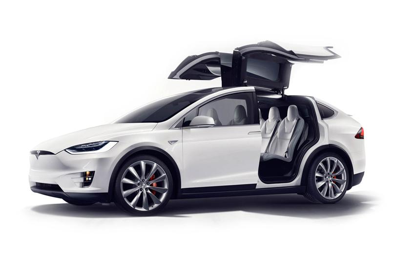 Tesla Model X P90D Signature