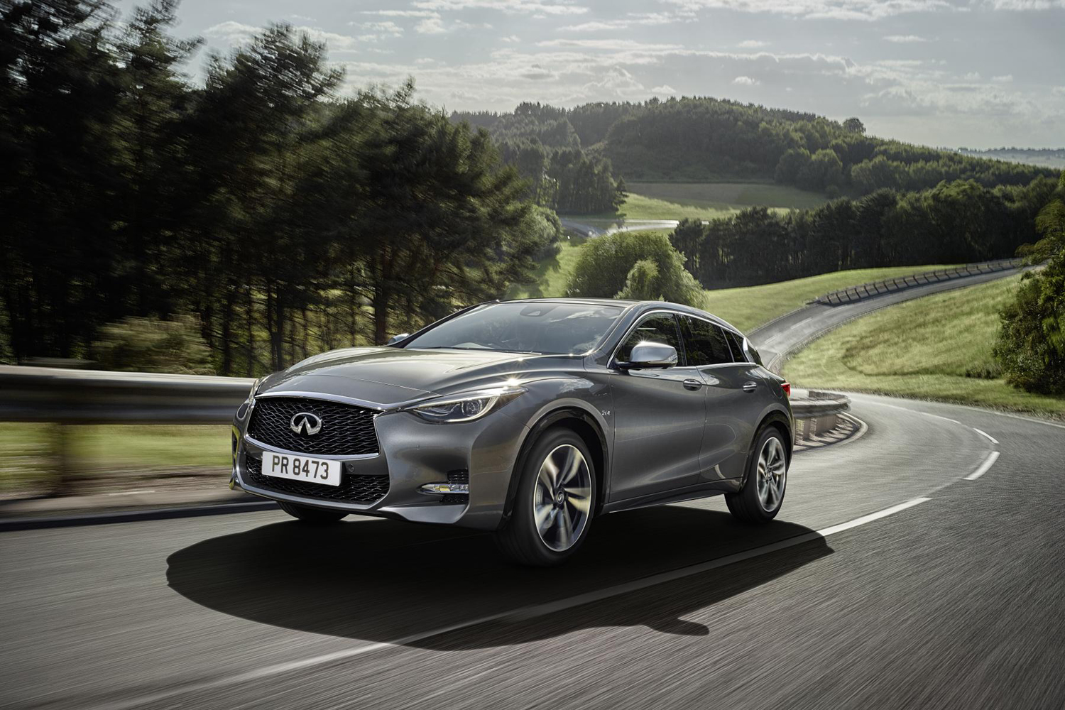infiniti q30 sport 2 0t 7dct 4wd review. Black Bedroom Furniture Sets. Home Design Ideas