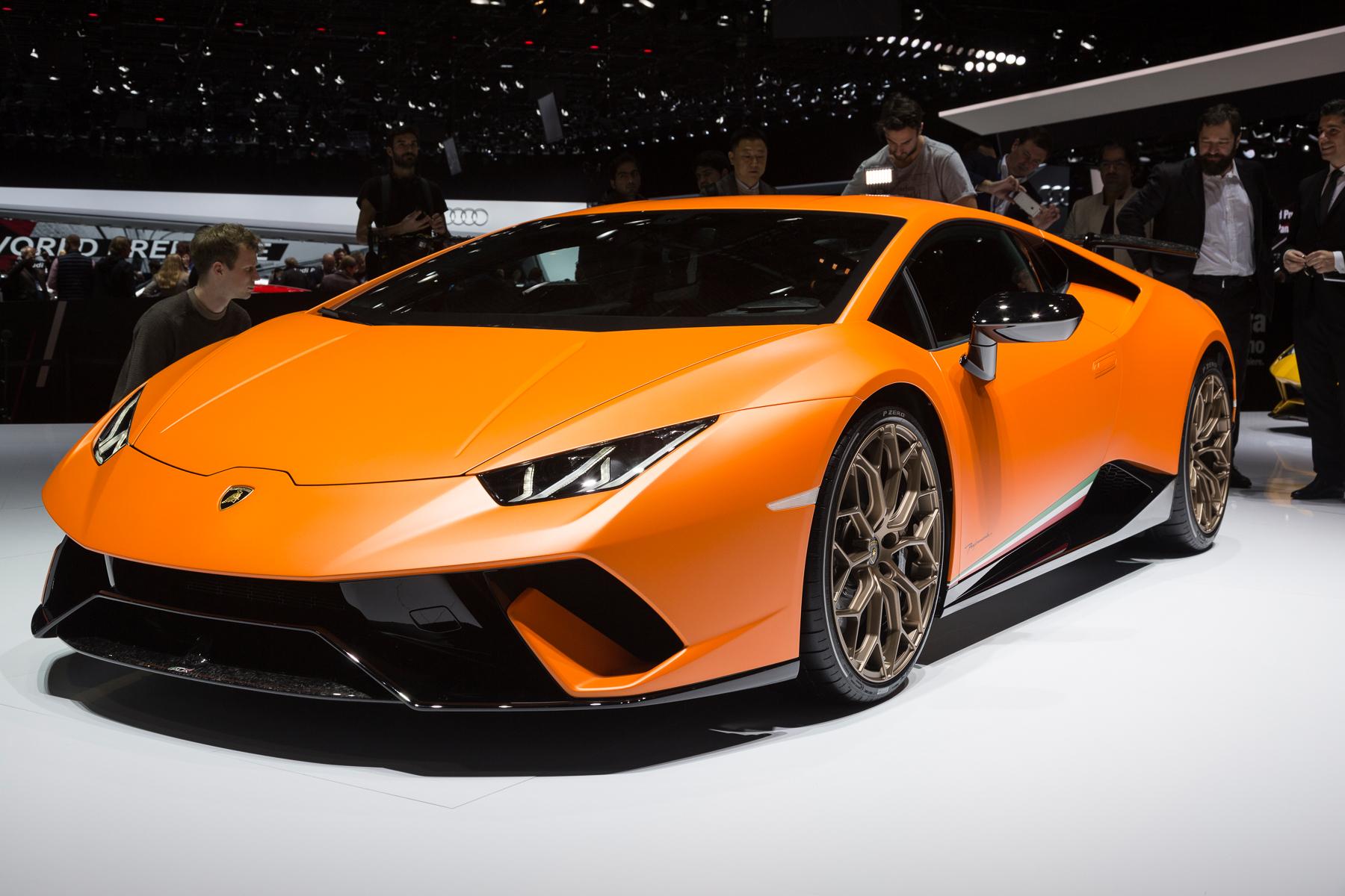 General Motors' Europe Pullout Rocks Big Car Show.