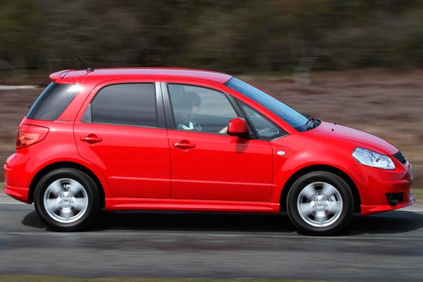 Suzuki SX4 review 2010