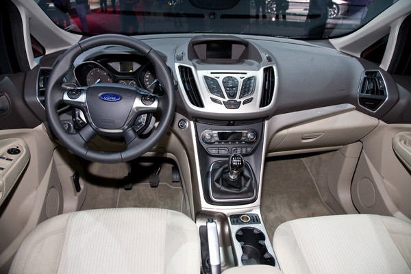 Ford Grand C Max Review 2010