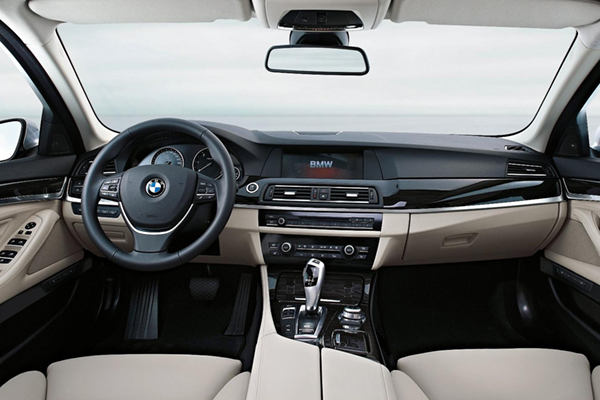 Bmw 520d Touring Review 2010