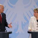 Merkel-And-Papandreou-005