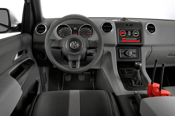 Vw Volkswagen Amarok Review 2011