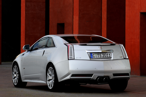 Cadillac cts v review 2010 for Dip s luxury motors reviews