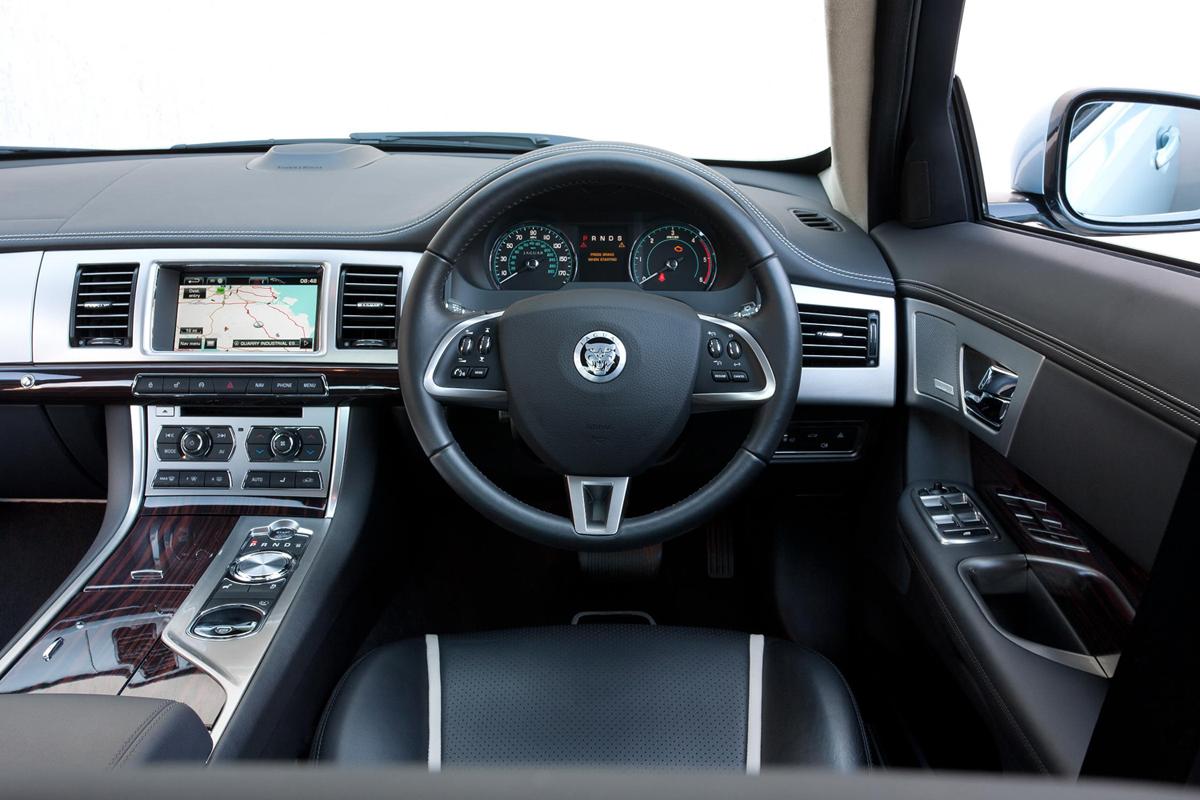 Jaguar Xf 3 0l Diesel Portfolio Review