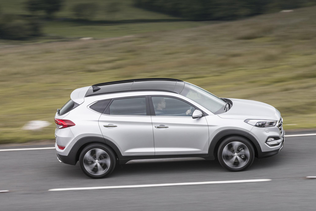 hyundai tucson premium se 2015 review. Black Bedroom Furniture Sets. Home Design Ideas