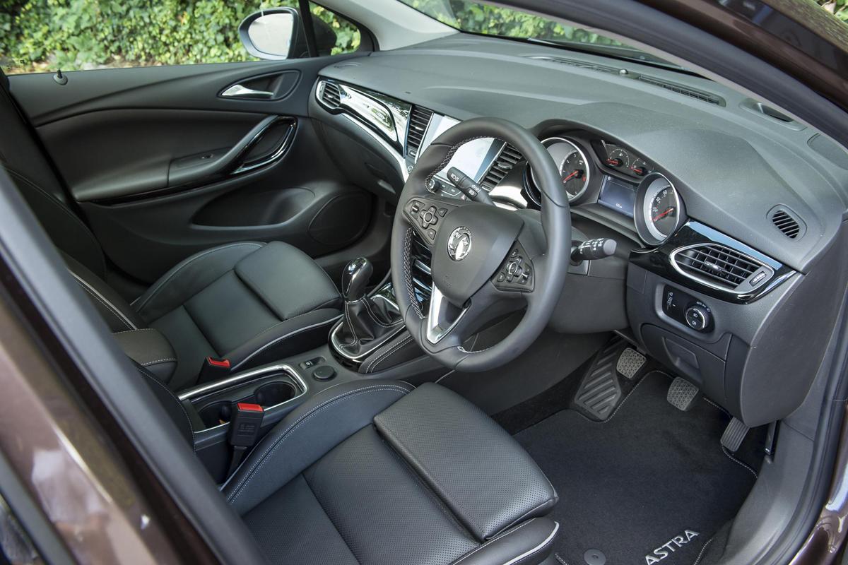 Vauxhall Astra Sri Nav 1 4i 150 Review