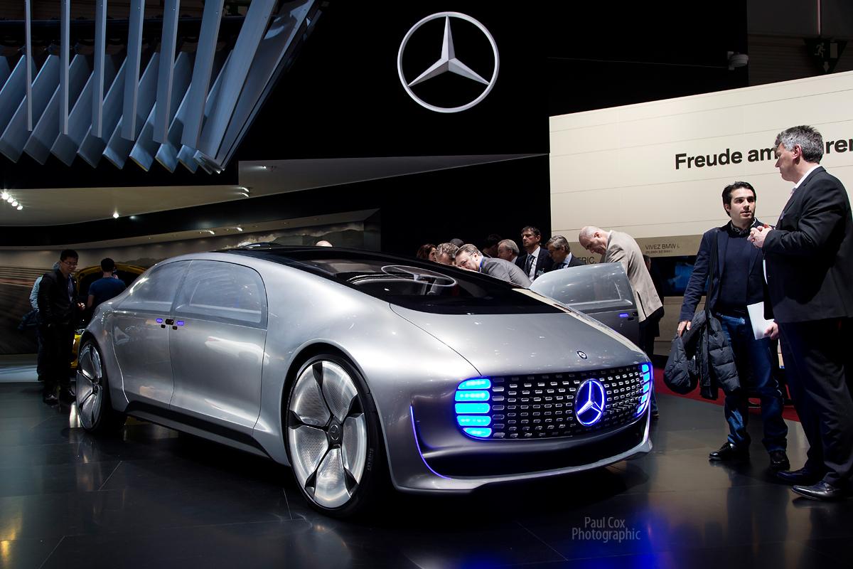 Robot cars are coming but big hurdles remain for Mercedes benz big car
