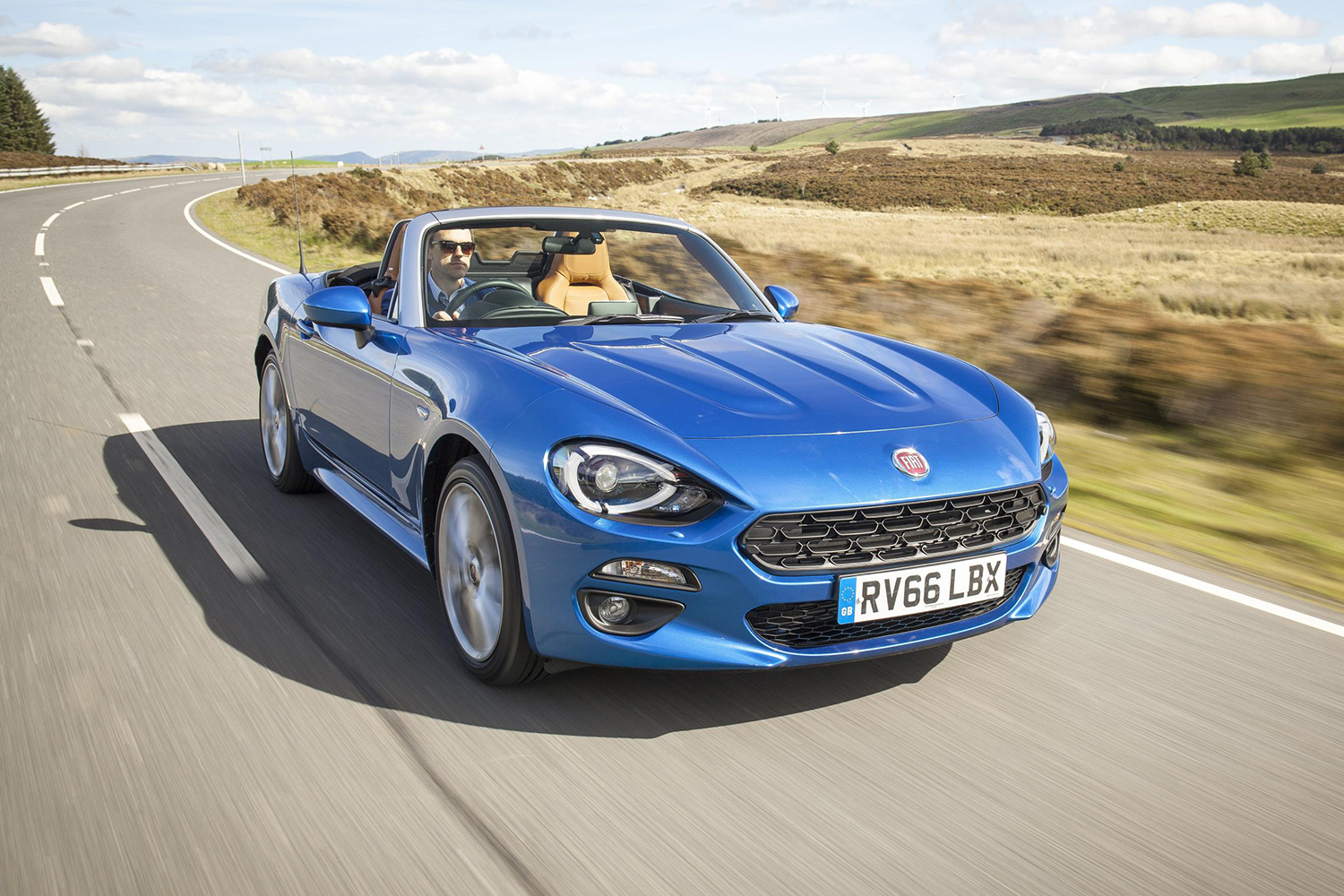 fiat 124 spider lusso plus review. Black Bedroom Furniture Sets. Home Design Ideas