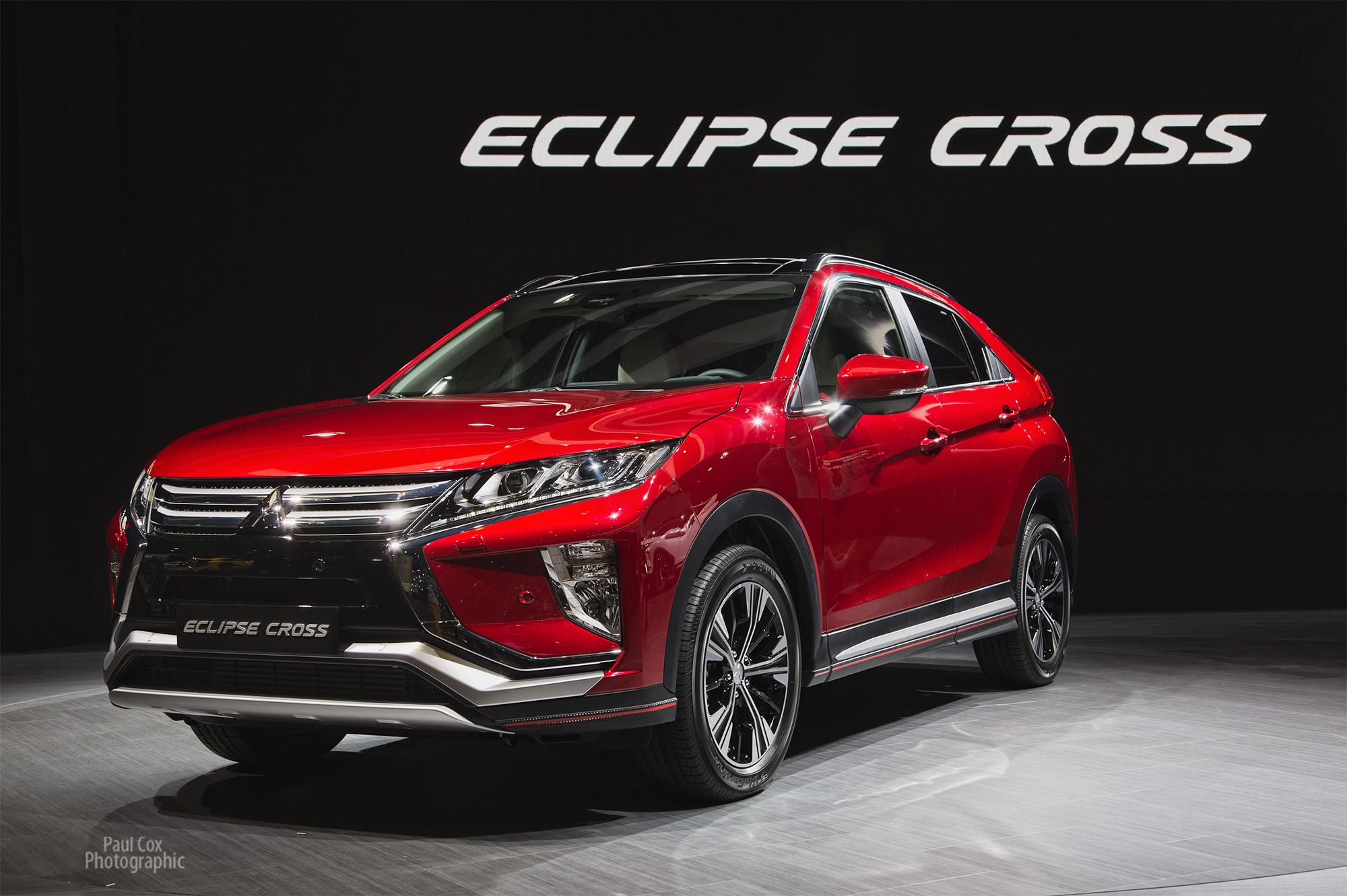 General Motors Europe Pullout Rocks Big Car Show
