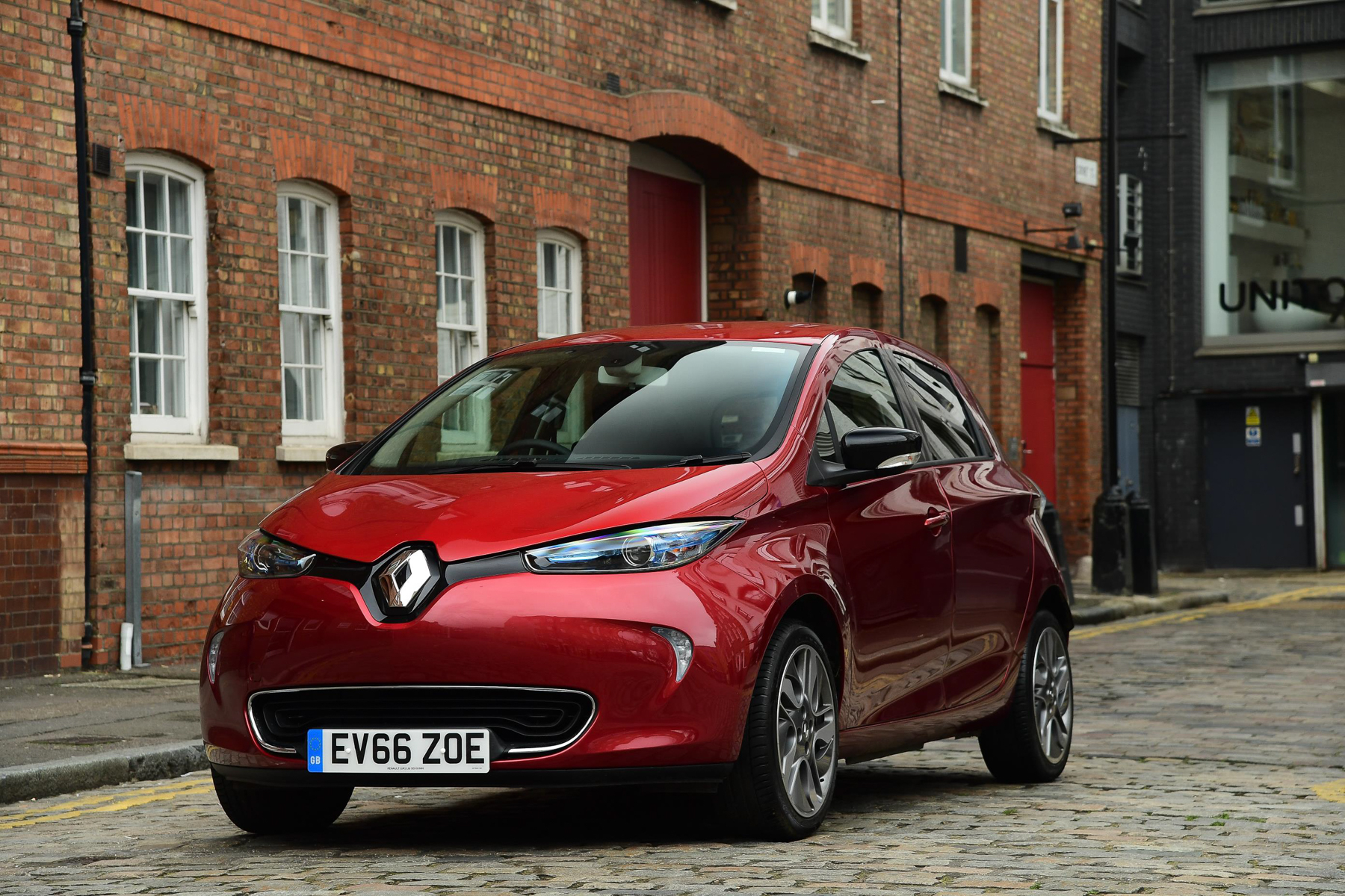 renault zoe dynamique nav r90 ze 40 review. Black Bedroom Furniture Sets. Home Design Ideas